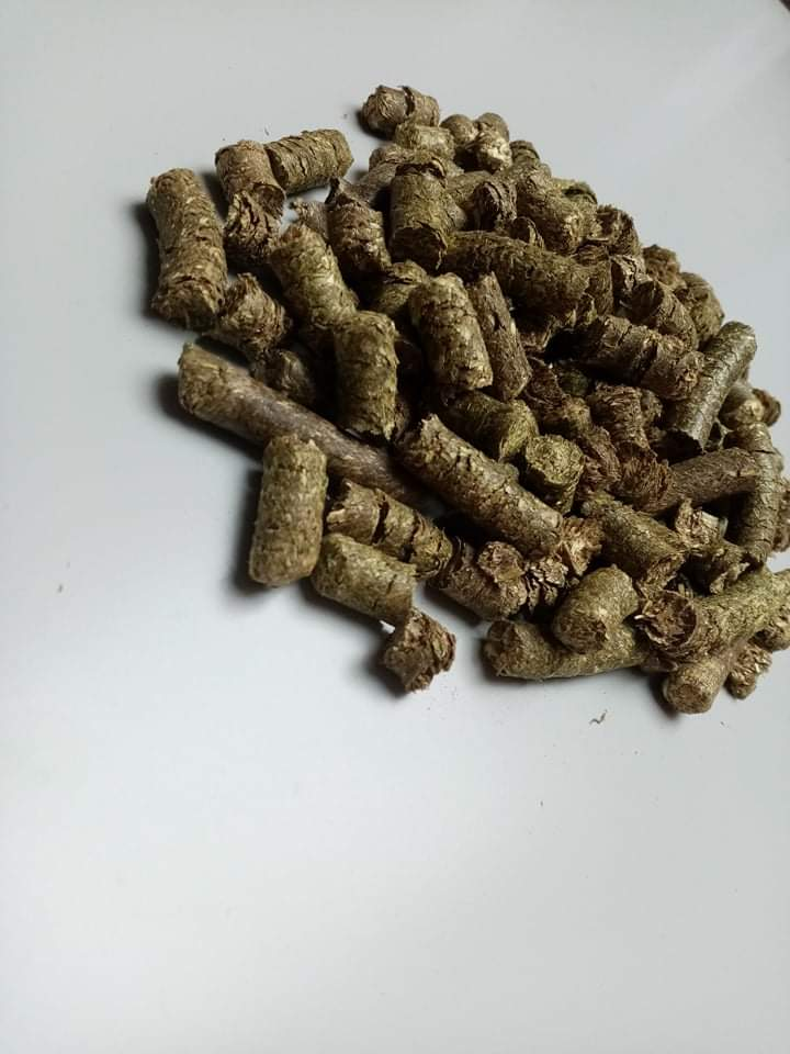 Krmmá sláma granulovaná(podestýlka) - zvìtšit obrázek
